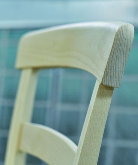 laccatura verniciatura sedie roma